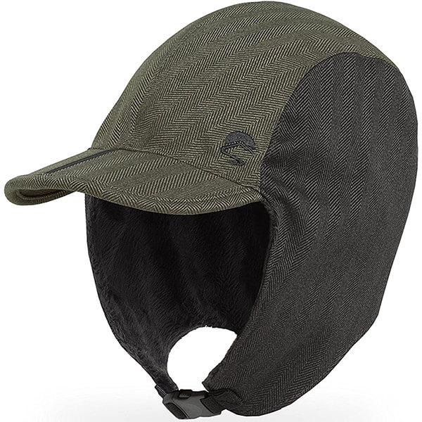Unique back buckle trapper hat with a visor