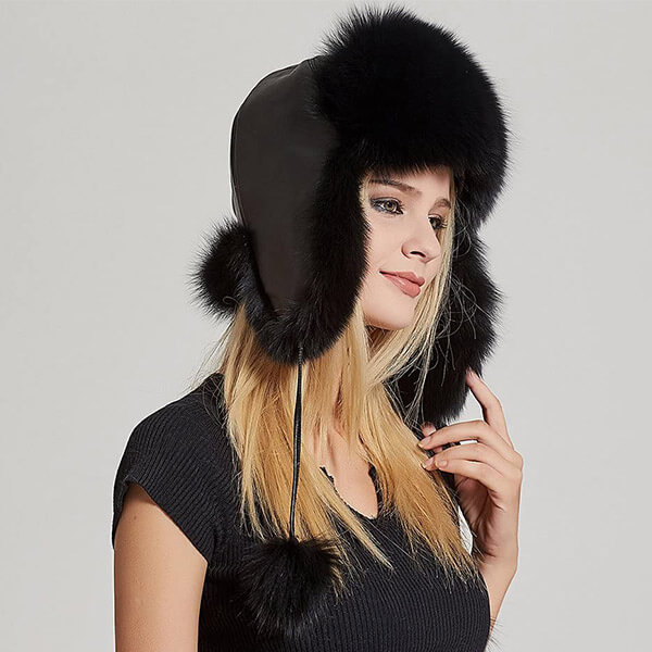 Voguish real fur trapper hat for raccoon fur lovers