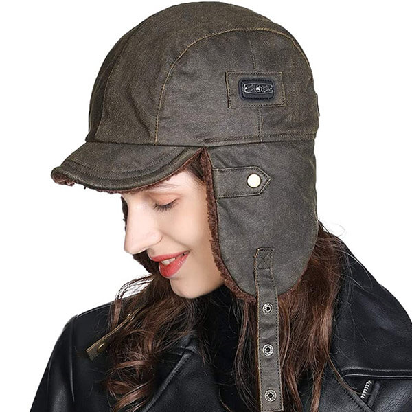 Aviator style military green trapper with a mask